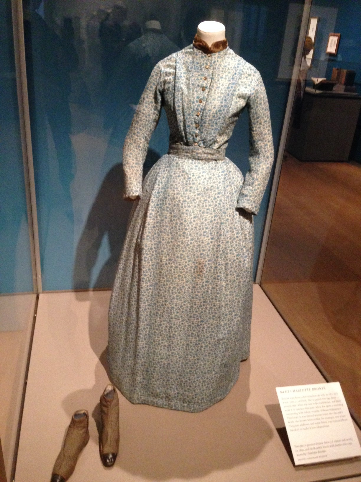 Charlotte Bronte's dress and shoes